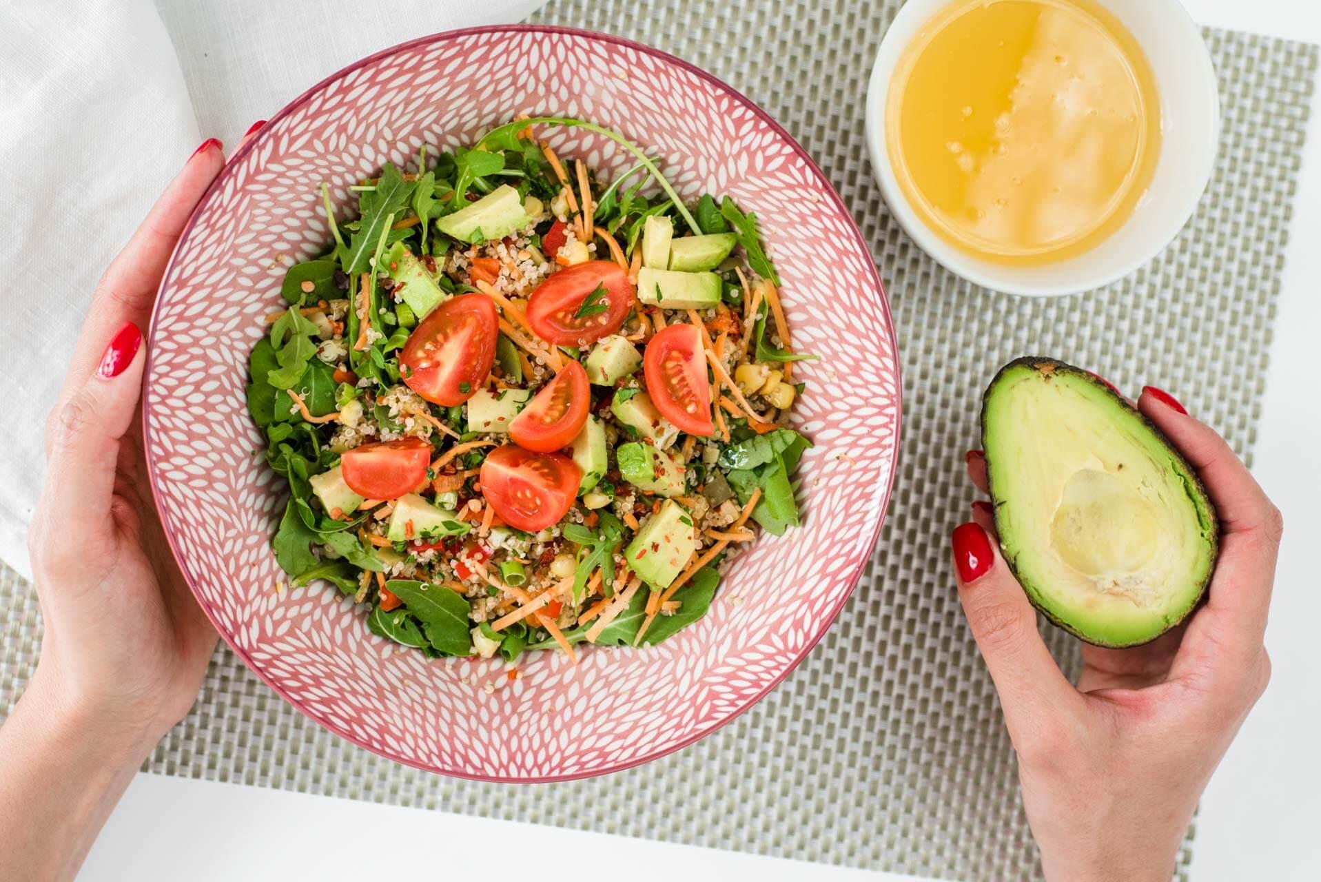 Salata sa avokadom